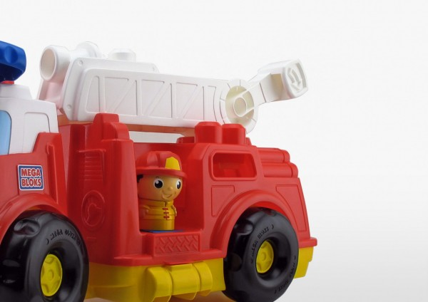 http://studioboost.fr/thumbs/projets/camion-de-pompier/sbft7-600x424.jpg